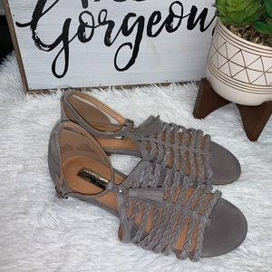 Halogen 7.5 M gray ankle strap flats tassel EUC